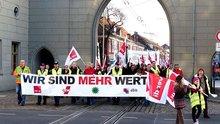 Verdi-Potsdam:  Wir sind mehr wert; Demo
