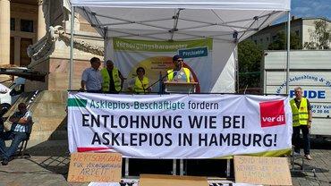 Warnstreik bei den Asklepios Fachkliniken Brandenburg am 12.08.2021 in Potsdam